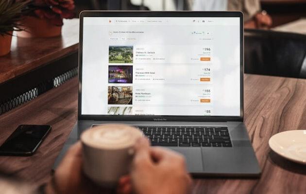 Bidroom_laptop