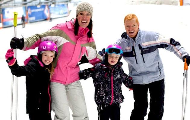 de-uithof-familie-in-de-sneeuw1