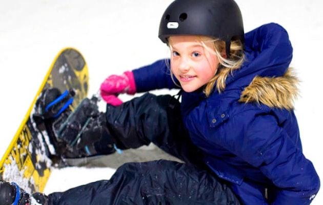 de-uithof-kindje-op-snowboard1