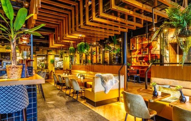 fletcher-hotels-binnekant-restaurant