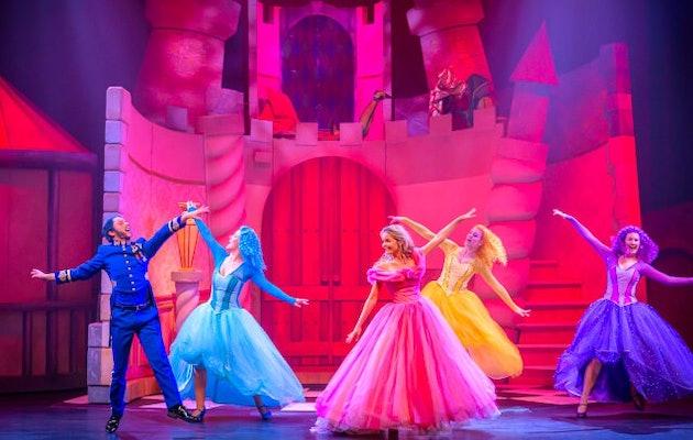 doornroosje-de-musical-kasteel-dansen