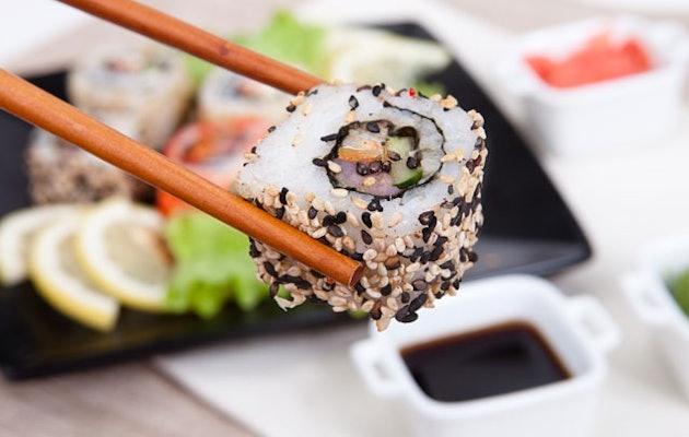 sushi-centre-maastricht-sushi-stokjes