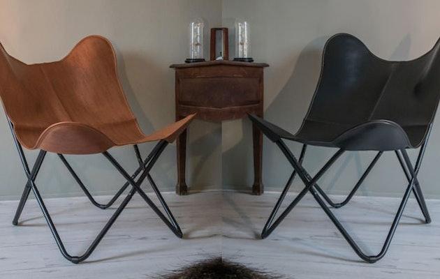 vlinderstoel-zwart-en-cognac-zijkant