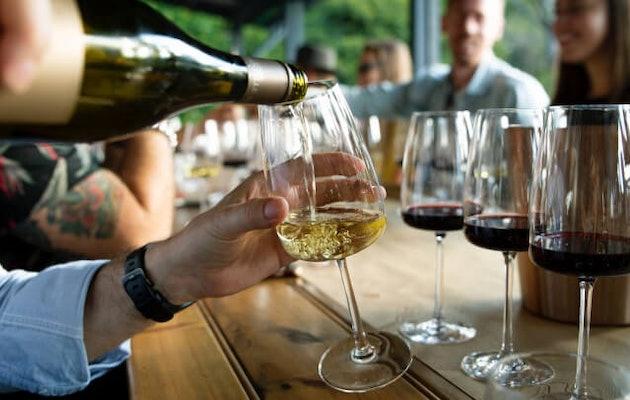 bleuze-wines-wijnproeverij-vrienden